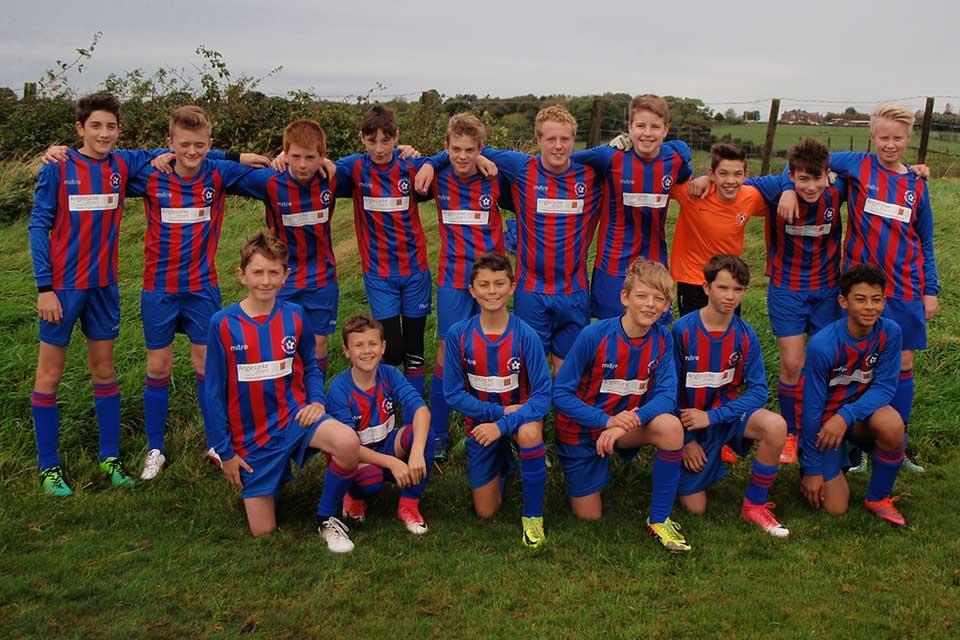 Anglezarke Designs sponsors Brinscall Village Junior Football Team!